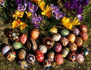 Måla sorbiska ägg inför påsken